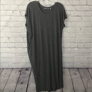 📦 Athleta over sized long tee shirt